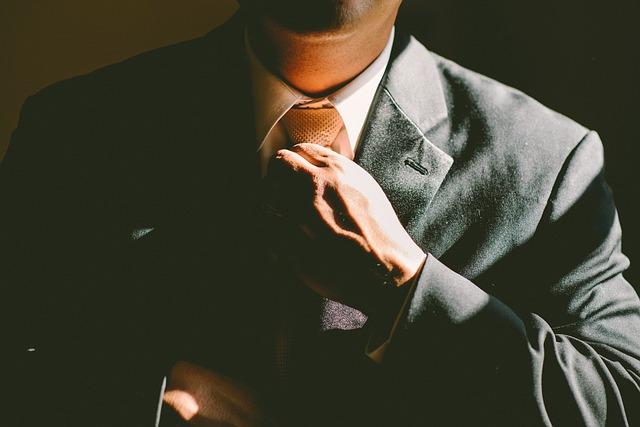 כיצד בוחרים עורך דין בתחום המסחרי