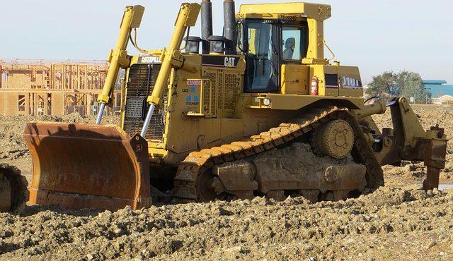 מאיפה מזמינים כלי הנדסי כבד לעבודות עפר